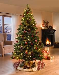 deko tannenbaum mit lichterkette
