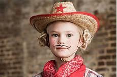 Malvorlagen Gesichter Schminken Pin Weickmans Op Cowboy In 2020