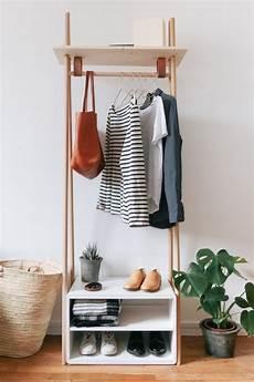 garderobe aus leitern diy garderobe 7 einfache anleitungen ideen aus holz