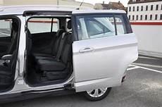 Test Ford Grand C Max 1 6 Tdci Titanium So Macht Familie