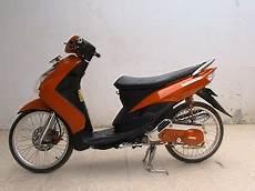 Modifikasi Pelek Motor by Modifikasi Yamaha Mio Pelek 17 Bergaya Thailand Foto