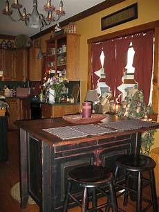 Decorating Ideas For A Primitive Kitchen by 22 Best Images About Primitive Kitchen Ideas On