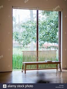 Sitzbank Am Fenster In Houston Galerie Hiram Butler