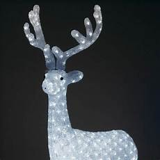 grand traineau pere noel lumineux deco exterieure renne lumineux majestueux blanc froid 380 led personnage