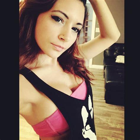 Holly Porn Tube