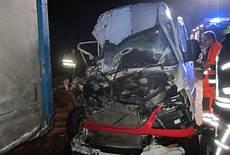 Unfall A 4 - mehr als einen schutzengel bei auffahrunfall auf a4