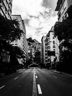 Gambar Hitam Dan Putih Jalan Pemandangan Kota