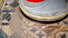 rectifier un sol en carreaux ciment nettoyer les taches