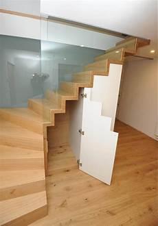 Treppe Mit Schrank - raumteiler