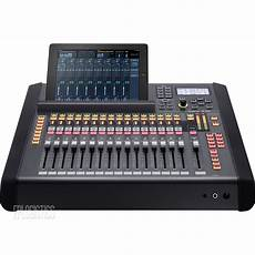 Roland M 200i Live Digital Mixing Console M200i 32 Channel