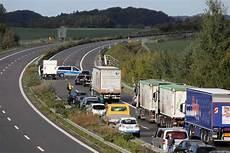 Unfall A20 Heute Verkehrsunf 228 Lle Stau Sperrungen Tag24