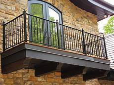 10 Amazing Ideas To Decorate Your Small Balcony The