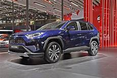 Toyota Rav4 Hybrid 2019 Farben Toyota Cars Review