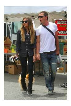 thomalla and gavin rossdale shopping in studio city