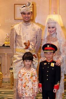 Gambar Majlis Istiadat Perkahwinan Anakanda Puteri Sultan