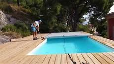 bache piscine 8x4 comment enrouler une b 226 che 224 barres