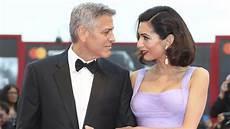 George Clooney Staunt 252 Ber Seine Zwillinge