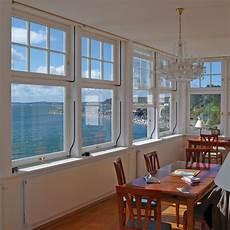 schiebefenster und schiebtueren praktisch und vertikal schiebefenster aus holz oder holz alu