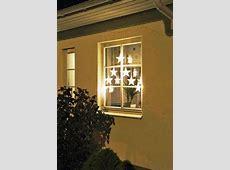 21 Easy Christmas Window Decorations Ideas   Decoration Love