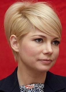 21 easy hairdos for short hair popular haircuts