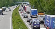 Stau Pfingsten 2017 - nachrichten nrw 32 autobahnbaustellen an pfingsten in