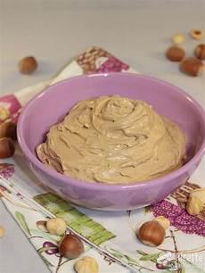 crema alla nocciola per torte crema alla nocciola ricetta ricette ricette dolci e dolci