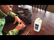 wasserfeste farbe aus kleidung entfernen acrylfarbe ist eine emulsion aus verschiedenen stoffen