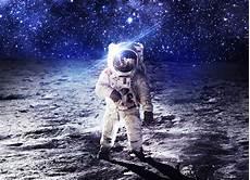 Spaceman Wallpaper 4k by Wallpaper Astronaut Moon Spacesuit Nasa 4k Space 14639