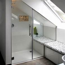dusche unter dachschräge nischendusche aus glas duscht 252 r in nische glasprofi24