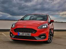 ford st ps testbericht ford st mit 200 ps auto motor at
