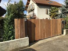 portail en bois bois lugaz metallerie