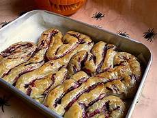 20 delicious halloween food ideas that will disgust and terrify you bored panda