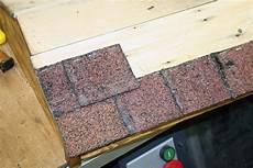 couverture goudron pour toiture tuile goudron rev 234 tements modernes du toit