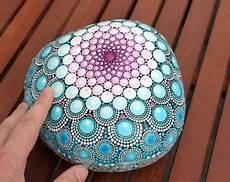 steine bemalen mit acrylfarbe summer painted mandala by anjasonneborn
