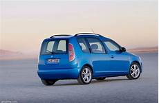 Skoda Roomster Restylage 2006 Voiture Ludospace