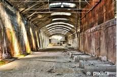 Alte Industriegebäude Kaufen - fototapete altes verlassenes industriegeb 228 ude pixers