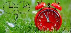 Zeitumstellung 2019 Wann Auf Sommerzeit Umstellen Spart