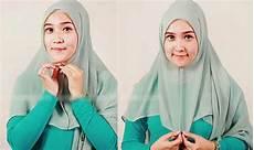 Cara Memakai Jilbab Segi Empat Simple Pesta Terbaru