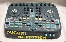 consol da dj dolci delizie torta console dj