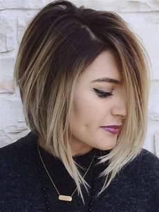 modèle coupe de cheveux femme carr 233 plongeant boucl 233 une coupe dans l air du temps