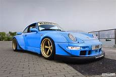porsche 993 rwb go wide with this rwb 993 porsche 911 with pur wheels