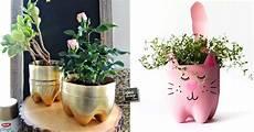 vasi con bottiglie di plastica un vaso di fiori fai da te con una bottiglia di plastica