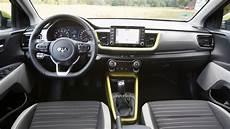 kia stonic 2017 review car magazine