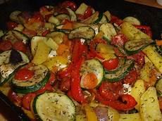 Ofengemüse Mit Kartoffeln - leckeres ofengem 252 se mit kartoffeln und gem 252 se kartoffen
