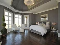 contemporary gray queen platform beds with white comforter