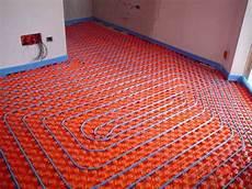 sistemi di riscaldamento a pavimento riscaldamento a pavimento condominio riscaldamento casa