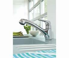grohe alira kitchen faucet grohe alira dual spray pull out kitchen faucet the fixture gallery