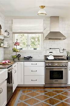 Kitchen Furniture Gallery Crisp Classic White Kitchen Cabinets Southern Living