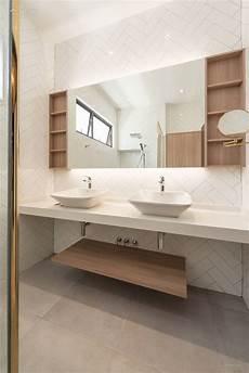 1001 id 233 es pour la salle de bain en bois et blanc