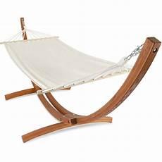 hamac suspendu sur pied hamac sur pied en bois blanc 103739